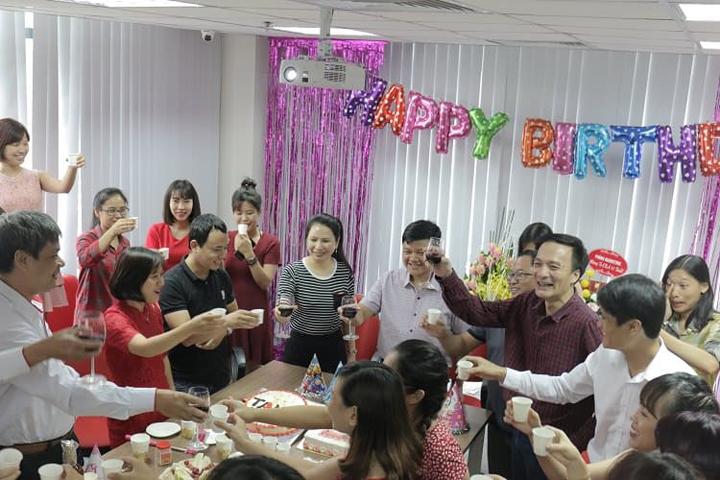 bài viết tiếng anh về bữa tiệc sinh nhật
