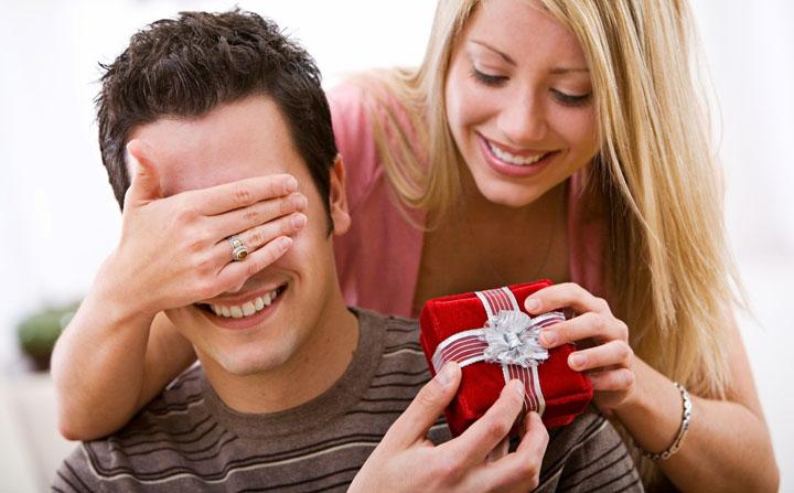 Lưu ý chọn quà sinh nhật cho nam giới