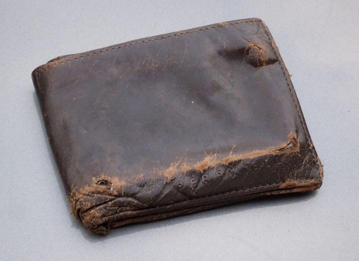 Phong thủy ví tiền