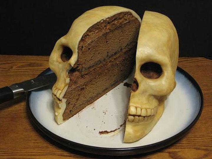 Bánh kem chúc mừng sinh nhật hài hước