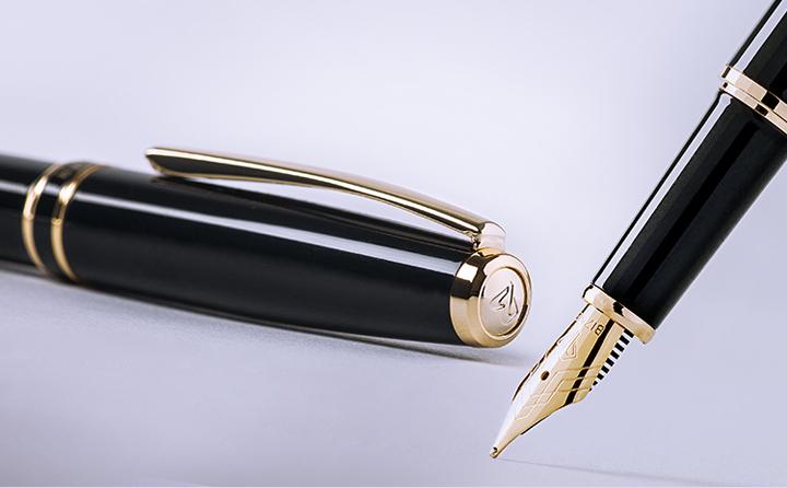Bút máy cao cấp