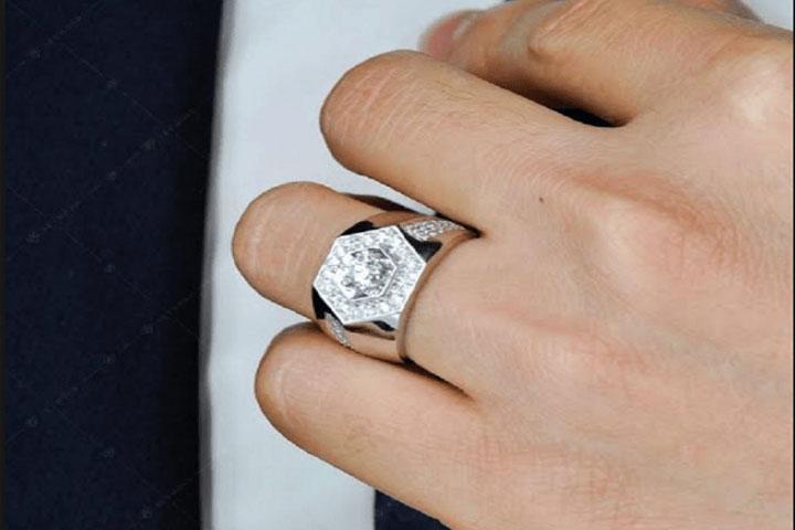 Nhẫn kim loại
