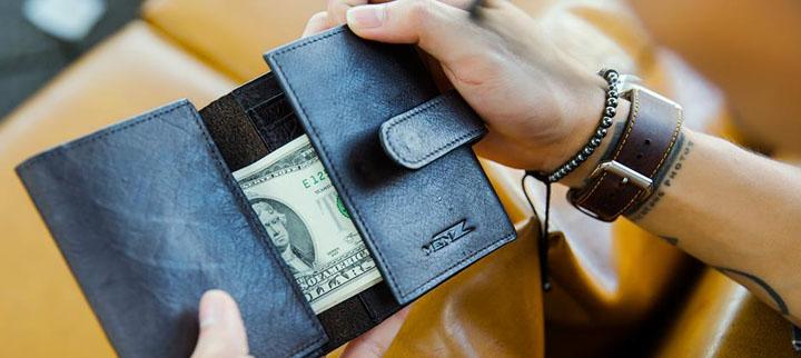 chọn ngày mua ví
