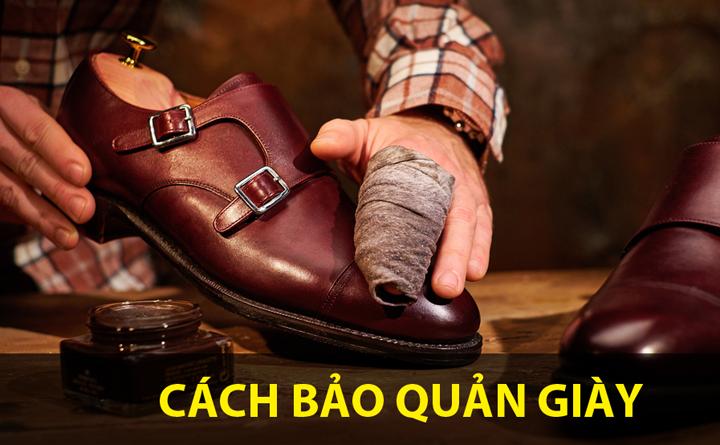 Dùng vải mềm bảo quản giày da