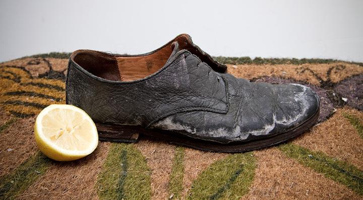 Cách chữa giày da bị bong tróc