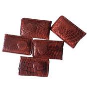Kẹp tiền da cá sấu màu nâu đỏ hít nam châm mạnh giá rẻ Kiều Hưng
