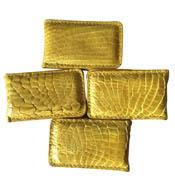 Kẹp tiền da cá sấu màu vàng hít nam châm mạnh giá rẻ tại Kiều Hưng