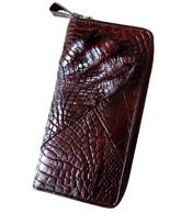 Ví dài cầm tay kiểu da bàn tay da cá sấu màu nâu tại Kiều Hưng